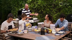 Hendrix Greyson, Susan Kennedy, Karl Kennedy, Bea Nilsson, Finn Kelly in Neighbours Episode 8271