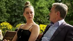 Chloe Brennan, Paul Robinson in Neighbours Episode 8273