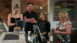Chloe Brennan, Shane Rebecchi, Roxy Willis, Sheila Canning in Neighbours Episode 8273