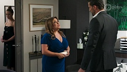 Chloe Brennan, Terese Willis, Pierce Greyson in Neighbours Episode 8274