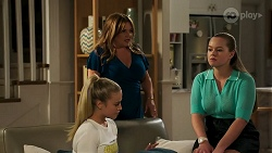 Roxy Willis, Terese Willis, Harlow Robinson in Neighbours Episode 8275