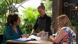 Dipi Rebecchi, Roxy Willis, Sheila Canning in Neighbours Episode 8276