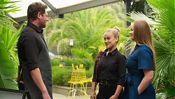 Shane Rebecchi, Roxy Willis, Harlow Robinson in Neighbours Episode 8276