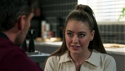 Pierce Greyson, Chloe Brennan in Neighbours Episode 8279