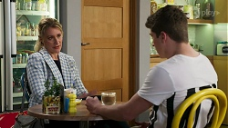 Lisa Rowsthorn, Hendrix Greyson in Neighbours Episode 8280