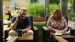 Paul Robinson, Terese Willis in Neighbours Episode 8281