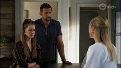 Chloe Brennan, Pierce Greyson, Lisa Rowsthorn in Neighbours Episode 8282