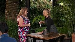 Sheila Canning, Roxy Willis in Neighbours Episode 8282