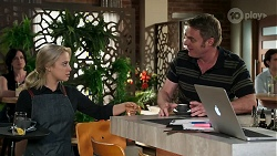 Roxy Willis, Gary Canning in Neighbours Episode 8283