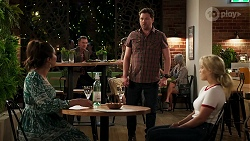 Dipi Rebecchi, Shane Rebecchi, Roxy Willis in Neighbours Episode 8288