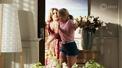 Terese Willis, Roxy Willis in Neighbours Episode 8293