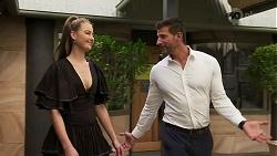 Chloe Brennan, Pierce Greyson in Neighbours Episode 8296