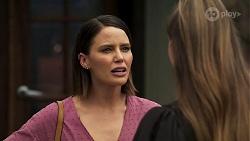 Elly Conway, Chloe Brennan in Neighbours Episode 8296