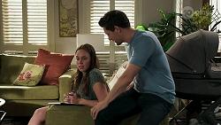 Bea Nilsson, Finn Kelly in Neighbours Episode 8299