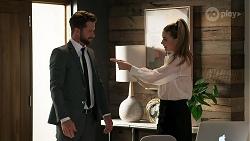 Mark Brennan, Chloe Brennan in Neighbours Episode 8301