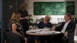 Terese Willis, Jane Harris, Lucy Robinson, Paul Robinson in Neighbours Episode 8303