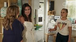 Terese Willis, Paige Smith, Roxy Willis in Neighbours Episode 8305