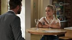 Mark Brennan, Roxy Willis in Neighbours Episode 8305