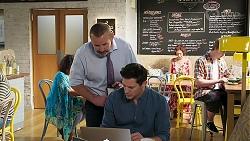 Toadie Rebecchi, Finn Kelly in Neighbours Episode 8305