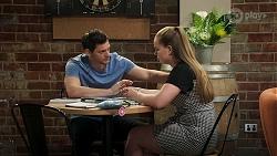 Finn Kelly, Harlow Robinson in Neighbours Episode 8308