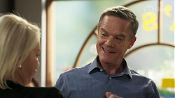 Lucy Robinson, Paul Robinson in Neighbours Episode 8308
