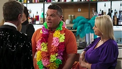 Paul Robinson, Mark Gottlieb, Lucy Robinson in Neighbours Episode 8309