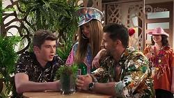Hendrix Greyson, Chloe Brennan, Pierce Greyson in Neighbours Episode 8309