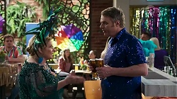 Kyle Canning, Sheila Canning, Gary Canning in Neighbours Episode 8309