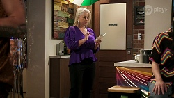 Lucy Robinson in Neighbours Episode 8309