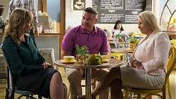 Jane Harris, Mark Brennan, Lucy Robinson in Neighbours Episode 8310