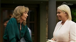 Jane Harris, Lucy Robinson in Neighbours Episode 8310
