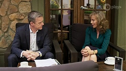 Paul Robinson, Jane Harris in Neighbours Episode 8311