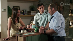 Bea Nilsson, Finn Kelly, Toadie Rebecchi in Neighbours Episode 8311