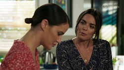 Elly Conway, Paige Smith in Neighbours Episode 8311