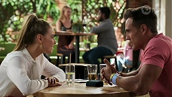 Chloe Brennan, Aaron Brennan in Neighbours Episode 8311