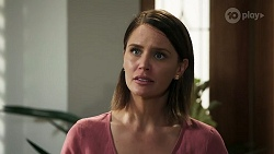 Elly Conway in Neighbours Episode 8314