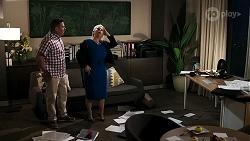 Mark Gottlieb, Lucy Robinson in Neighbours Episode 8315
