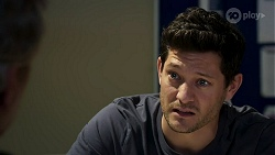 Harry Sinclair, Finn Kelly in Neighbours Episode 8315