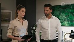 Chloe Brennan, Pierce Greyson in Neighbours Episode 8316