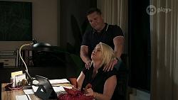Mark Gottlieb, Lucy Robinson in Neighbours Episode 8316