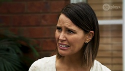 Elly Conway in Neighbours Episode 8316