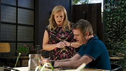 Sheila Canning, Gary Canning in Neighbours Episode 8318