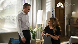 Paul Robinson, Terese Willis in Neighbours Episode 8318