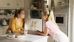 Harlow Robinson, Roxy Willis in Neighbours Episode 8319