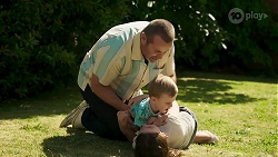 Toadie Rebecchi, Hugo Somers, Nell Rebecchi in Neighbours Episode 8319