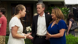 Harlow Robinson, Paul Robinson, Terese Willis in Neighbours Episode 8320