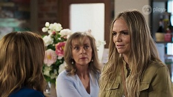 Terese Willis, Jane Harris, Sky Mangel in Neighbours Episode 8320