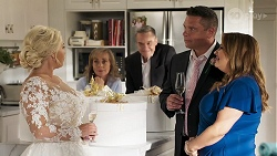 Lucy Robinson, Jane Harris, Paul Robinson, Mark Gottlieb, Terese Willis in Neighbours Episode 8320
