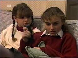 Hannah Martin, Debbie Martin in Neighbours Episode 2181