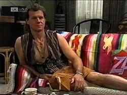 Dave Gottlieb in Neighbours Episode 2181